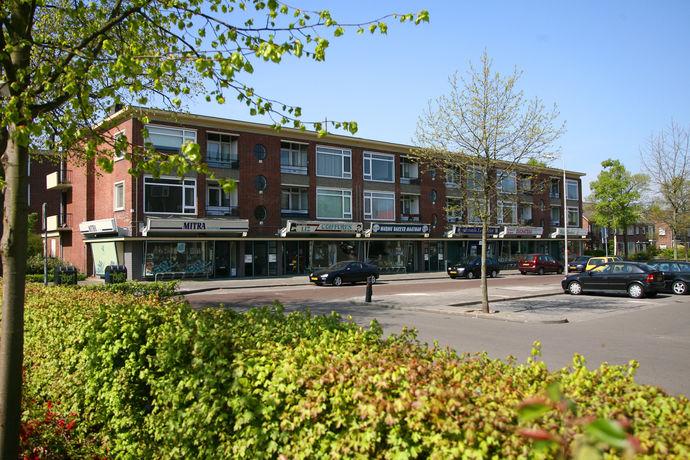 Const Huygensstraat 1
