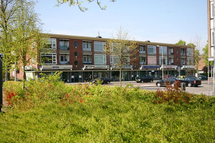 Const Huygensstraat 2