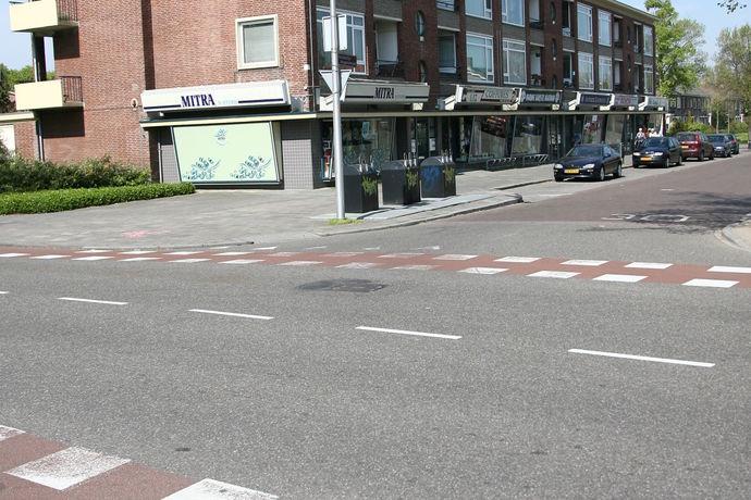 Const Huygensstraat 4